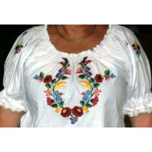 bcca66e894 Kalocsai mintás női ruha - Kalocsai hímzés - Népművészeti ruha