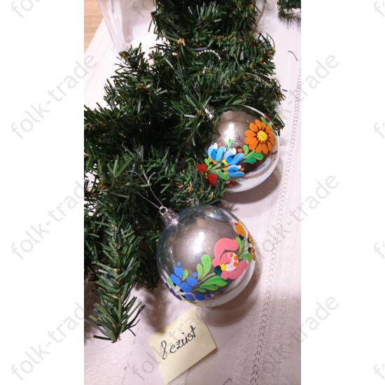 8 cm-es kézzel festett gömb karácsonyfa dísz