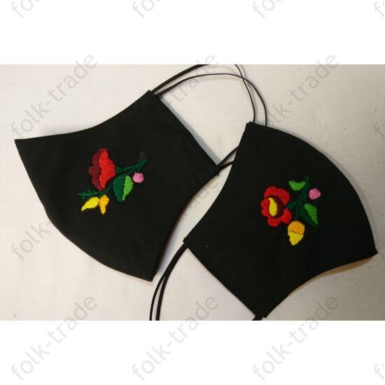 Hímzett maszk /fekete kézi