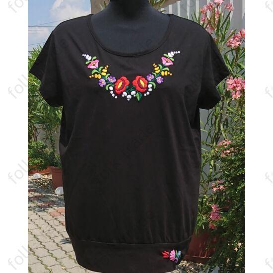 Fekete lezser fazonú női póló