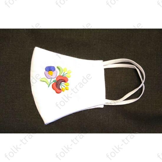 Hímzett maszk/ kisvirágos fehér 6+