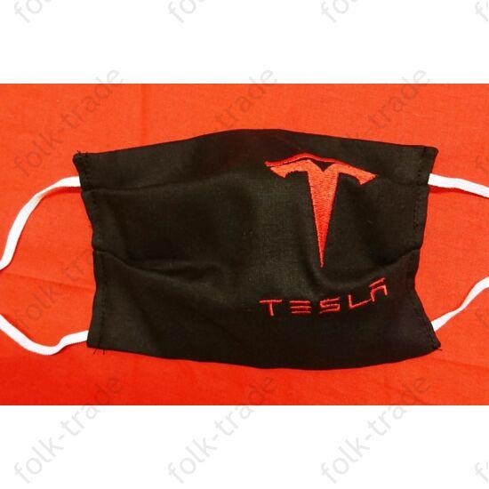 Hímzett maszk / Tesla