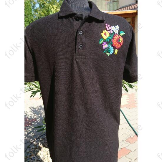 Galléros fekete férfi póló