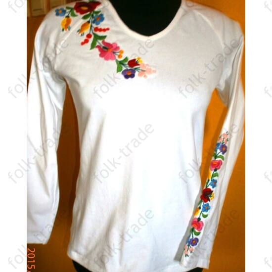 Hosszú ujjú hímzett póló /fehér