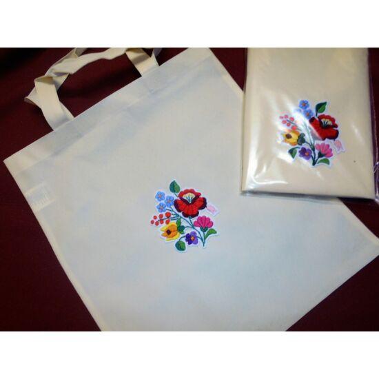 Bevásárló táska kalocsai kézi hímzéssel