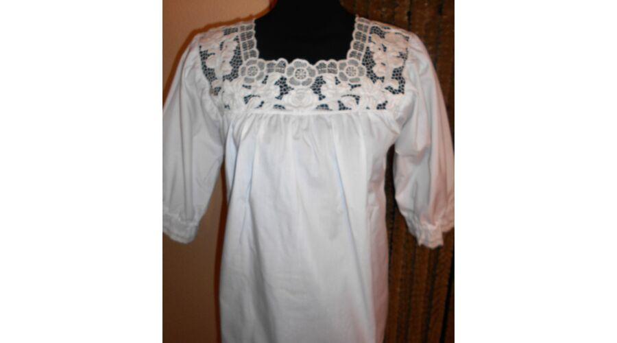 Alkalmi női blúz - Hímzett női ruhák 04625b7005
